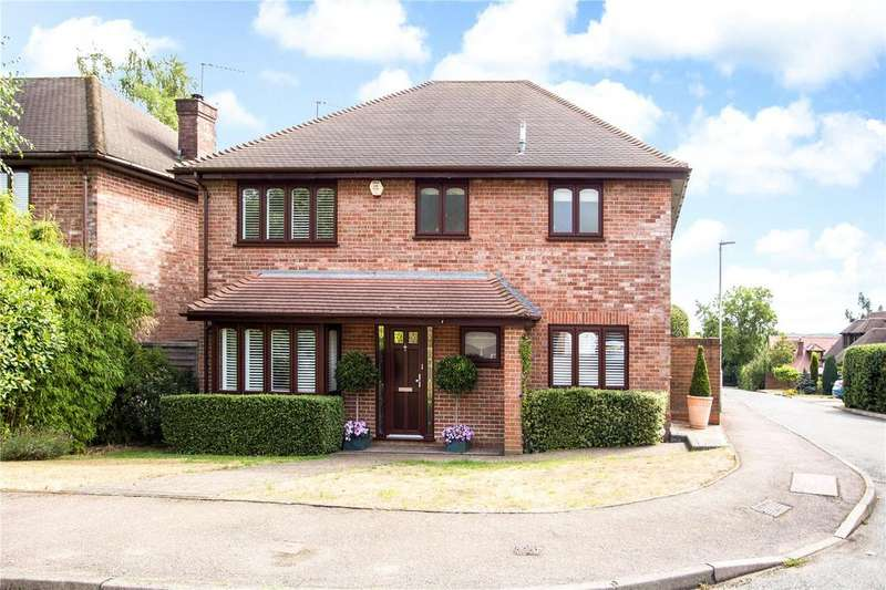 4 Bedrooms Detached House for sale in Five Acres, Kings Langley, Hertfordshire, WD4