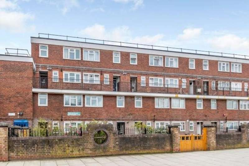 3 Bedrooms Apartment Flat for sale in Sutton Court E5