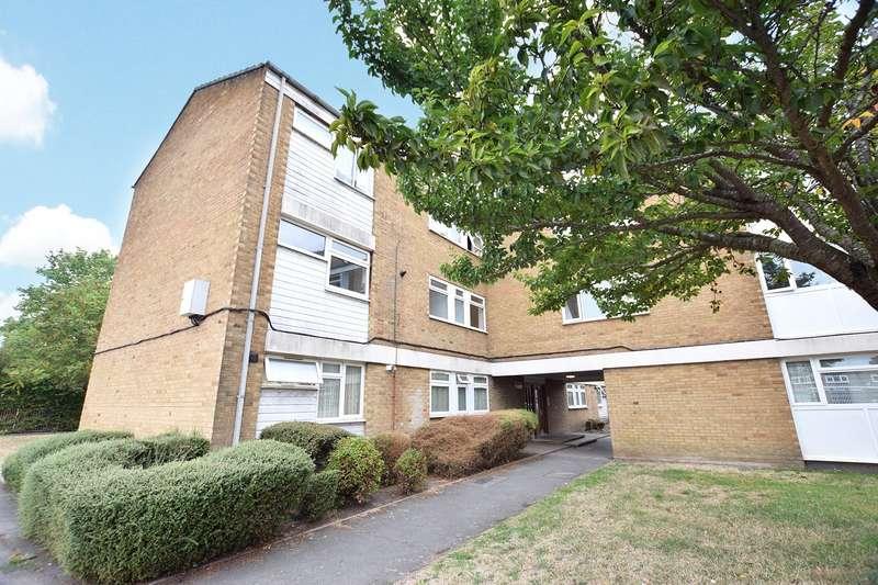 2 Bedrooms Apartment Flat for sale in Wordsworth, Bracknell, Berkshire, RG12