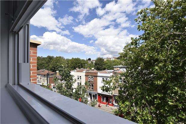 2 Bedrooms Flat for sale in Plot 21 The Old Library, Cheltenham Road, BRISTOL, BS6 5QX
