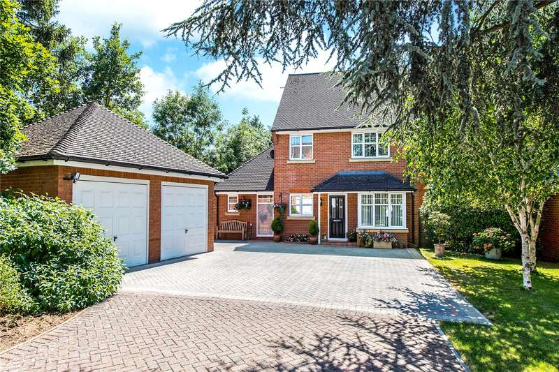 3 Bedrooms Detached House for sale in Oakview Close, Watford, Hertfordshire, WD19