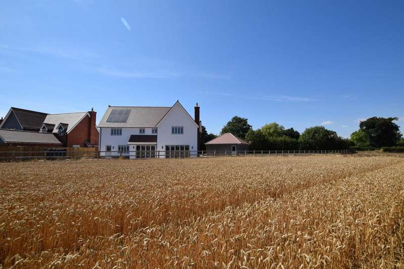 5 Bedrooms Detached House for sale in Speyside Lodge, Spencer Gardens, Tendring Green, CO16 0BU