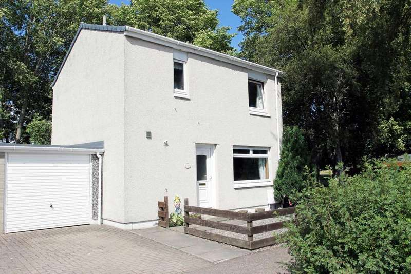 2 Bedrooms Detached House for sale in 15 Clans Crescent, Nairn