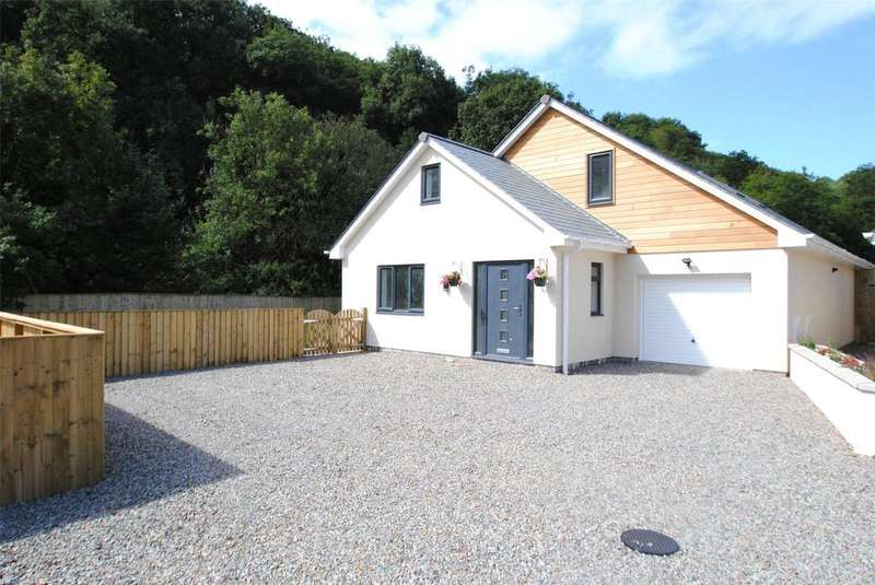 4 Bedrooms Detached Bungalow for sale in Higher Slade Road, Ilfracombe