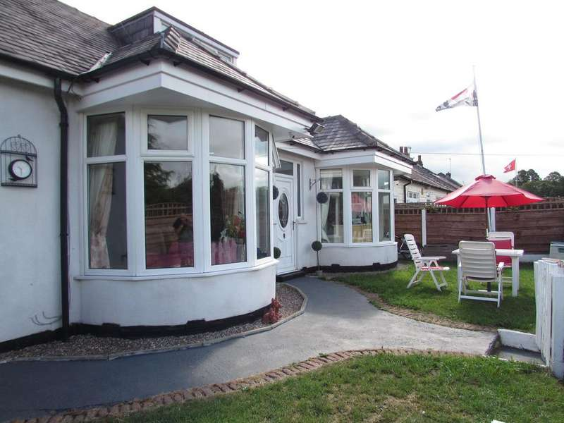 3 Bedrooms Detached Bungalow for sale in Brookside Road, Gatley, SK8