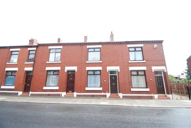 3 Bedrooms Terraced House for sale in Smallshaw Lane