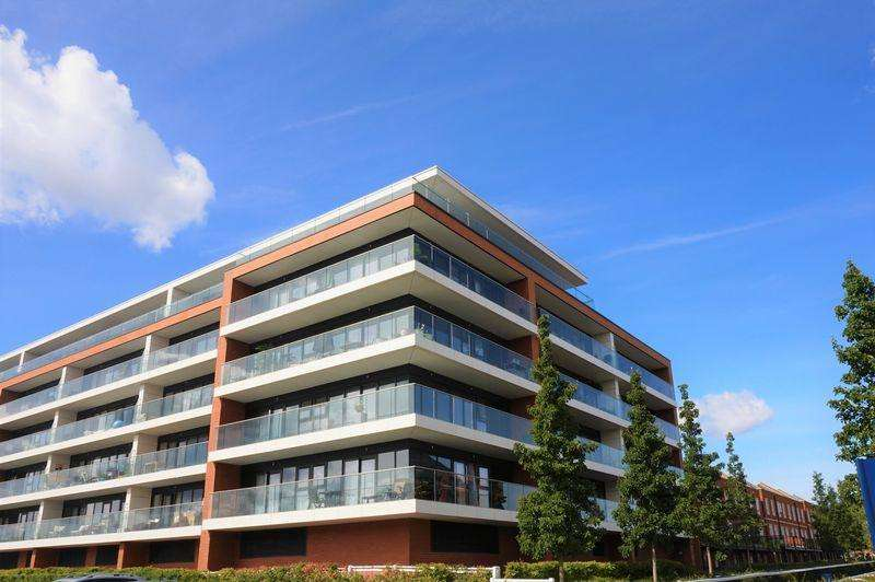 2 Bedrooms Apartment Flat for sale in Racecourse Road, Newbury