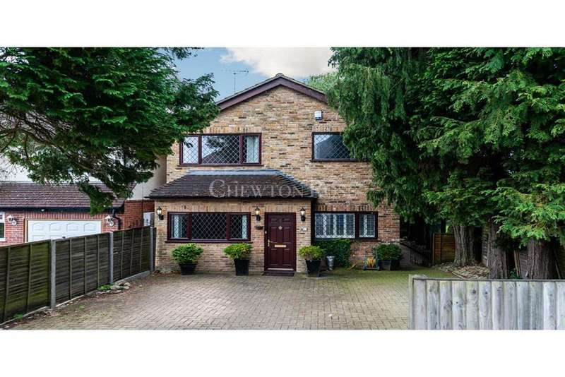 3 Bedrooms Detached House for sale in Fernbank Road Ascot
