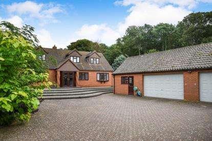 4 Bedrooms Bungalow for sale in Heacham, King's Lynn, Norfolk