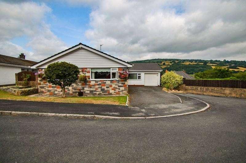 4 Bedrooms Detached Bungalow for sale in Twyn Pandy, Llangynidr, Crickhowell