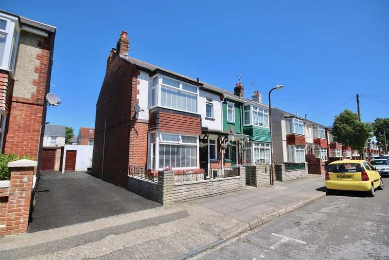 3 Bedrooms Semi Detached House for sale in Torrington Road, Portsmouth