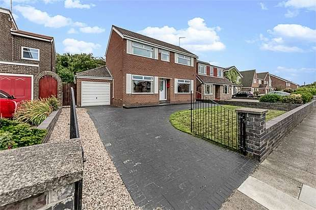 4 Bedrooms Detached House for sale in West Dyke Road, Redcar, North Yorkshire