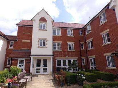 2 Bedrooms Flat for sale in Flat 18, 41 Manor Road, Fishponds, Bristol