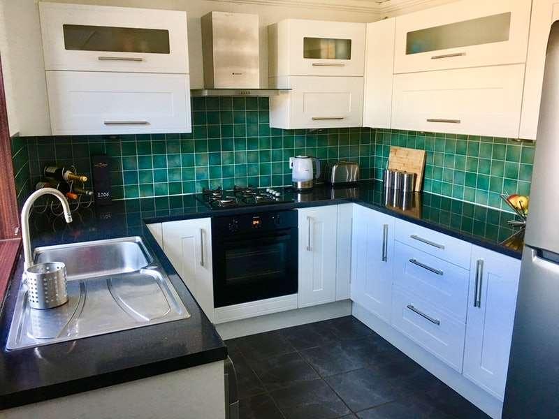2 Bedrooms Terraced House for sale in Zetland Street, Preston, Lancashire, PR1