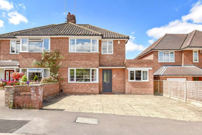 4 Bedrooms Semi Detached House for sale in Eastfield Avenue, Basingstoke, RG21