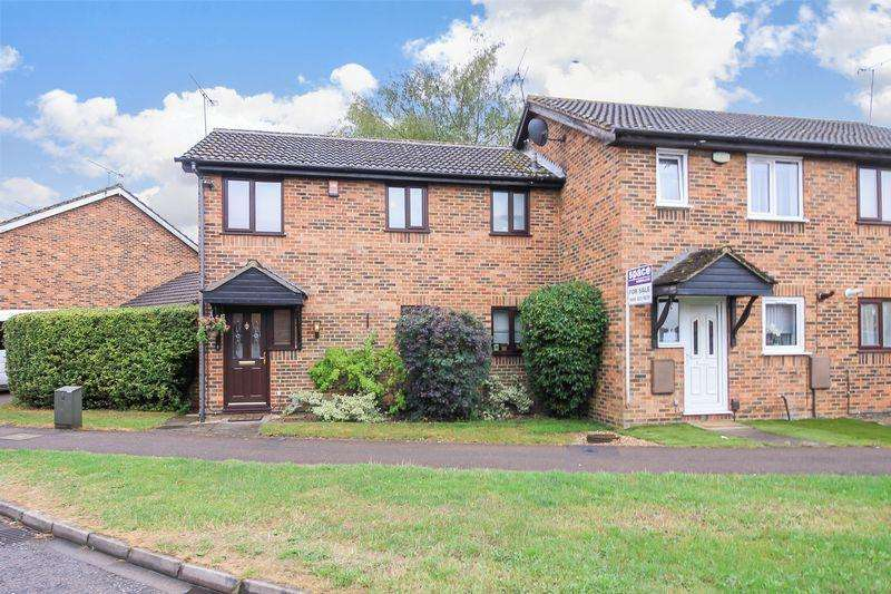 3 Bedrooms Terraced House for sale in Rodeheath, Luton