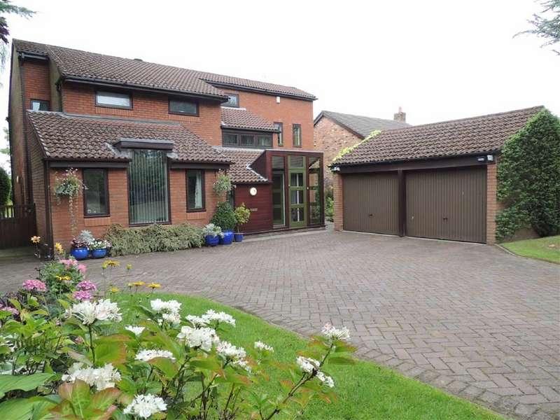 4 Bedrooms Detached House for sale in Grosvenor Road, Marple