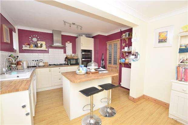 3 Bedrooms Terraced House for sale in Kennard Close, Kingswood, BS15 8AG