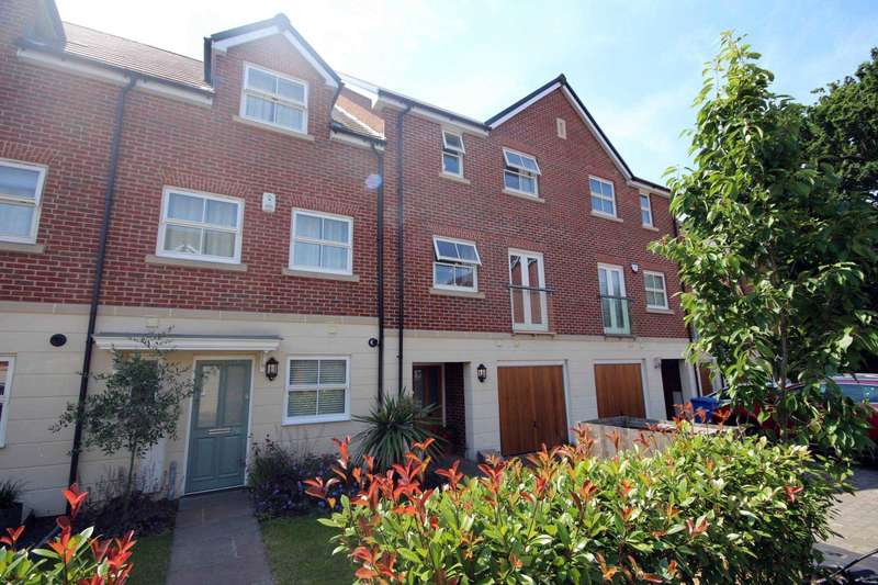 4 Bedrooms Town House for sale in Rufford Gate, Bracknell