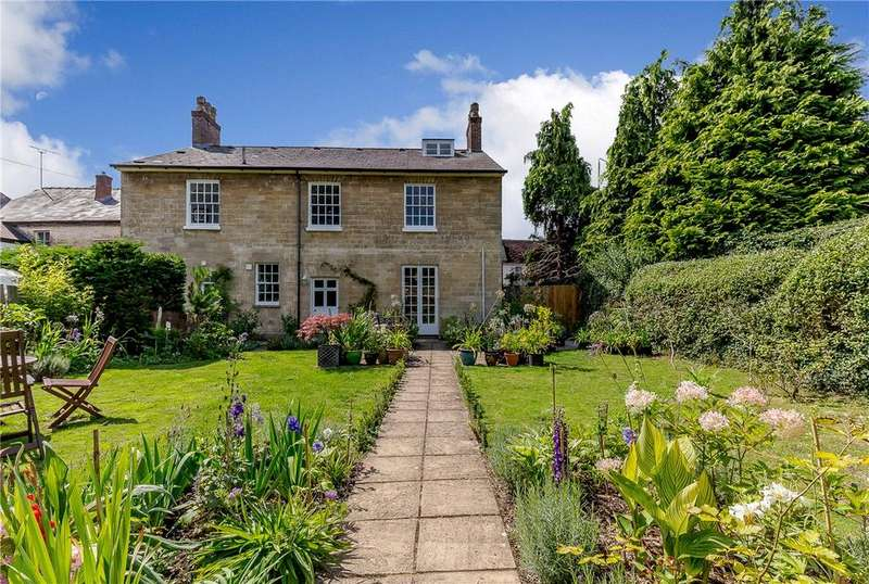 5 Bedrooms Detached House for sale in North Street, Pewsey, Wiltshire, SN9