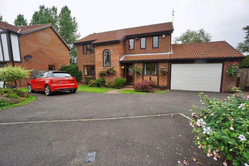 4 Bedrooms Detached House for sale in Stoneycroft East, Killingworth Village
