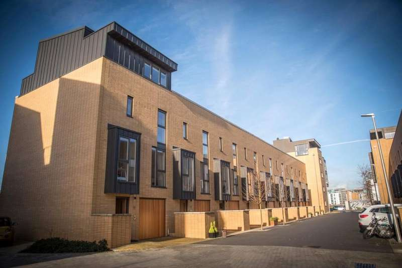 4 Bedrooms End Of Terrace House for sale in Francis Street, Cardiff, CF11
