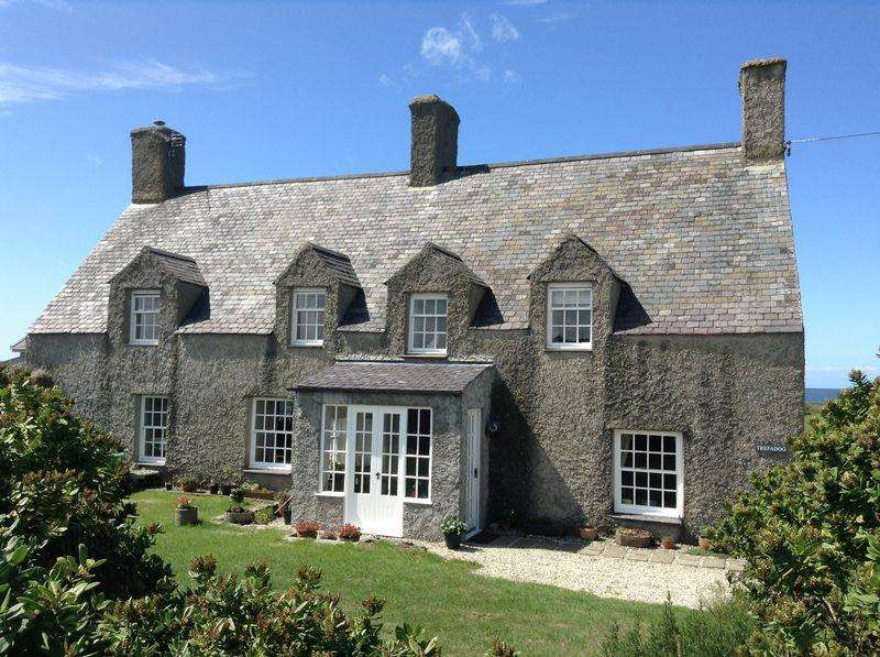 4 Bedrooms Unique Property for sale in Llanfaethlu, Anglesey
