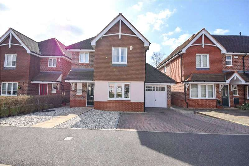 4 Bedrooms House for sale in Amberley Gardens, Wokingham, Berkshire, RG41