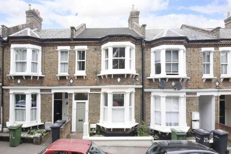 3 Bedrooms Flat for sale in Childeric Road New Cross SE14