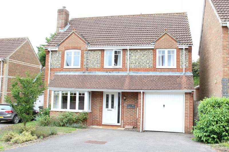 5 Bedrooms Detached House for sale in Aldbourne Close, Hungerford RG17