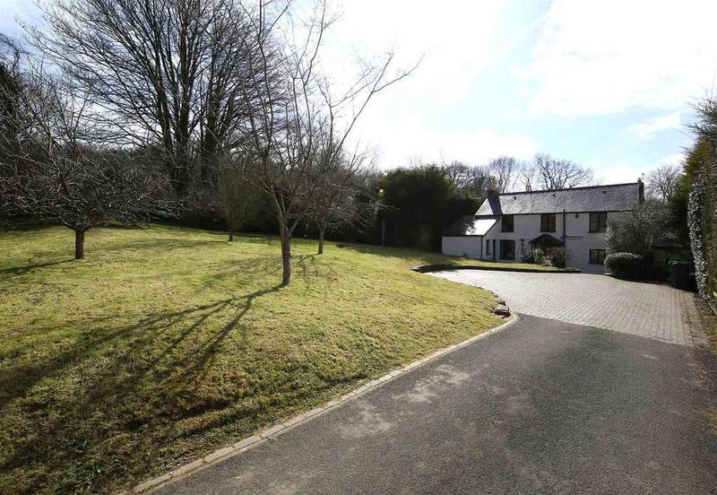 4 Bedrooms Detached House for sale in Castle Road, Tongwynlais, Cardiff