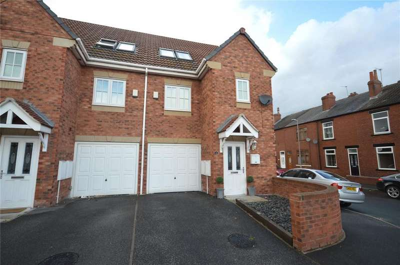 3 Bedrooms Town House for sale in Waterford Place, Normanton, West Yorkshire
