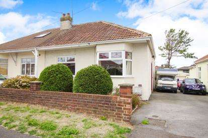 3 Bedrooms Bungalow for sale in Cleeve Park Road, Downend, Bristol, City Of Bristol