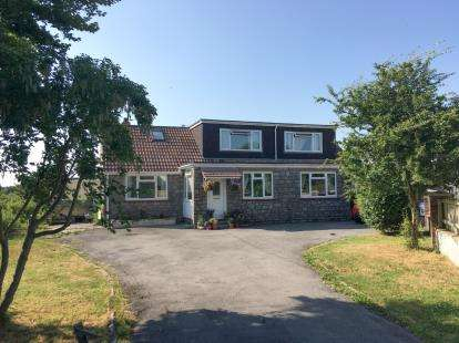4 Bedrooms Detached House for sale in Lympsham, Weston-Super-Mare, Somerset