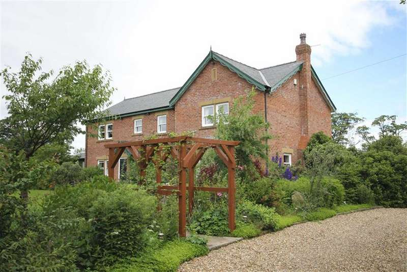5 Bedrooms House for sale in Bradshaw Lane, Greenhalgh