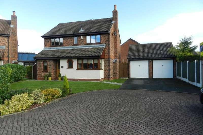 4 Bedrooms Detached House for sale in Rockingham Close, Gorse Covert, Warrington, WA3 6XA