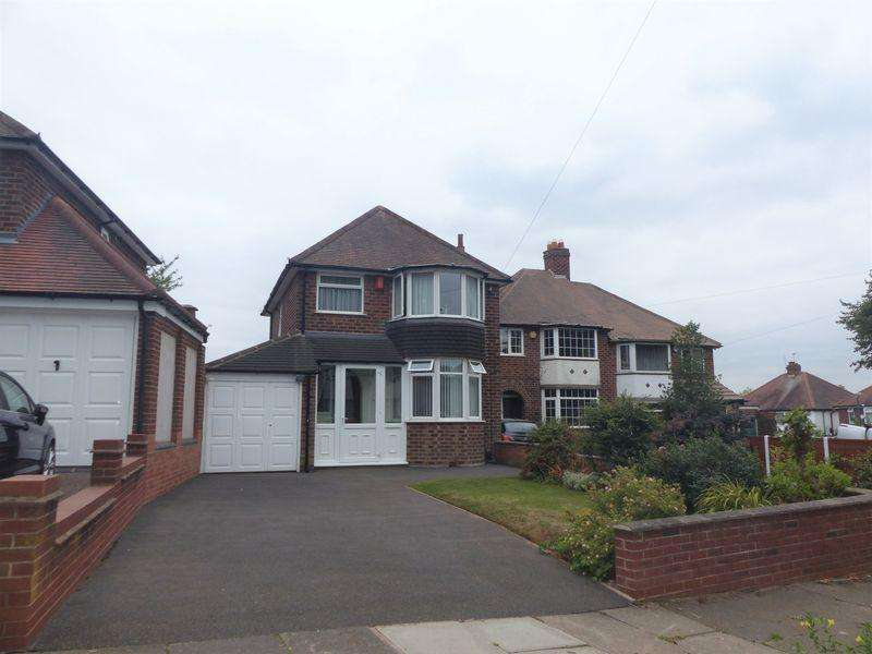 3 Bedrooms Detached House for sale in Charnwood Road, Great Barr