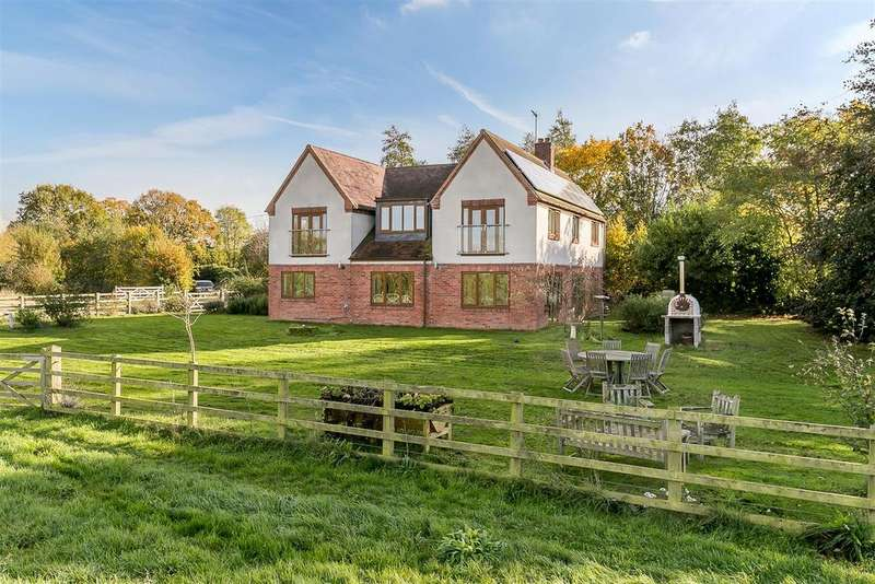 4 Bedrooms Detached House for sale in Wolston Grange, Rugby, Warwickshire
