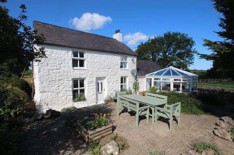 3 Bedrooms Detached House for sale in Brynteg, Anglesey