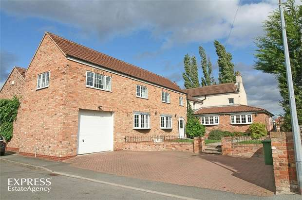 5 Bedrooms Detached House for sale in The Slack, Crowle, Scunthorpe, Lincolnshire