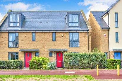 4 Bedrooms Semi Detached House for sale in Fen Street, Brooklands, Milton Keynes, Bucks