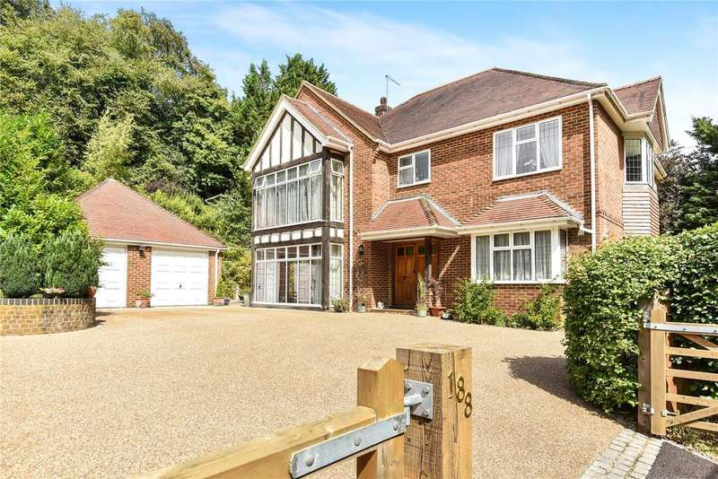 5 Bedrooms Detached House for sale in Beech, Alton, Hampshire, GU34