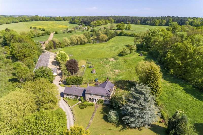4 Bedrooms Detached House for sale in Brackley, Northamptonshire