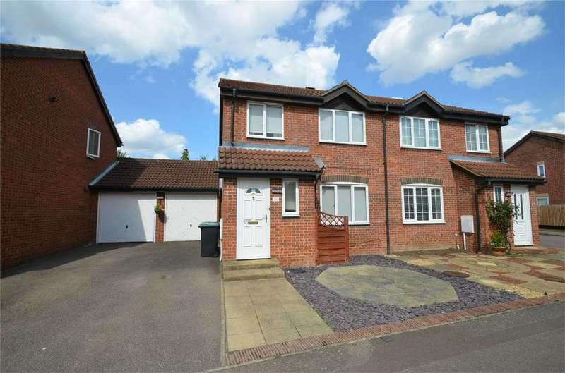 3 Bedrooms Semi Detached House for sale in Elgar Drive, SHEFFORD, Bedfordshire