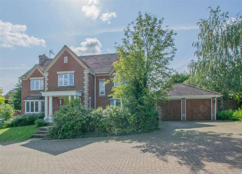 5 Bedrooms Detached House for sale in Great Groves, Goffs Oak