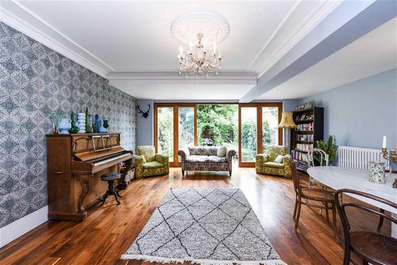 5 Bedrooms Terraced House for sale in Bramston Road, Kensal Green, London, NW10