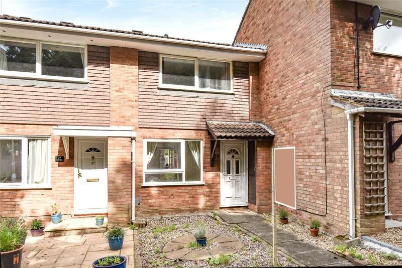 2 Bedrooms Terraced House for sale in Birkbeck Place, Owlsmoor, Sandhurst, Berkshire, GU47