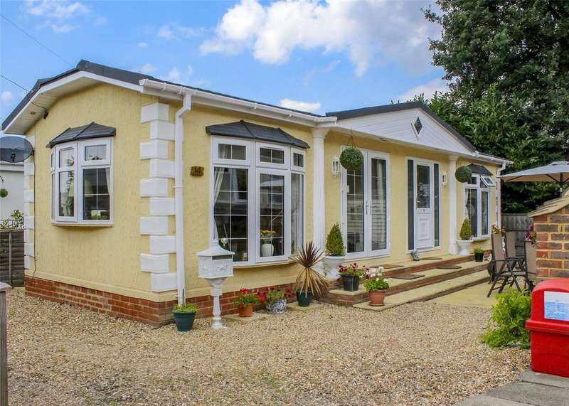 2 Bedrooms House for sale in Ascot Park, Blythewood Lane, Ascot, Berkshire, SL5