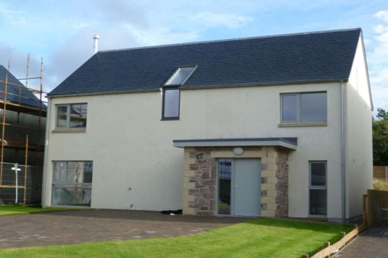 4 Bedrooms Detached House for sale in Newton Of Buttergrass, Blackford, Auchterarder, PH4