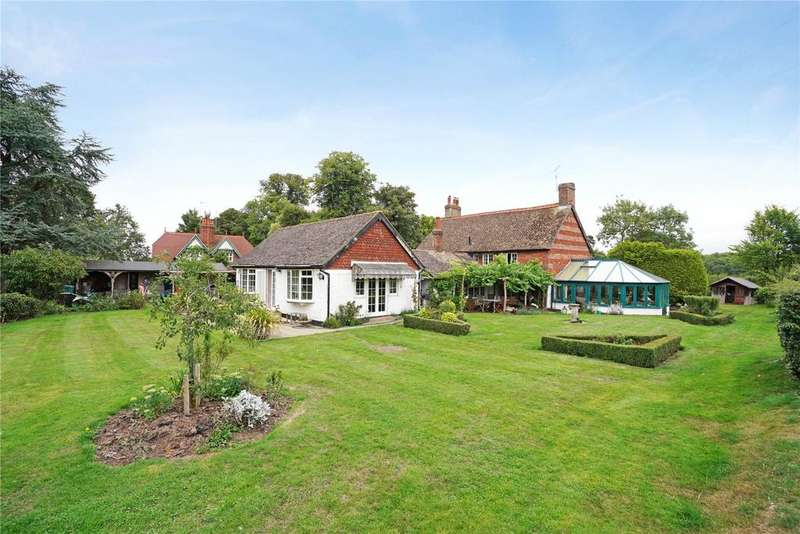 5 Bedrooms Detached House for sale in Dog Kennel Green, Ranmore Common, Dorking, Surrey, RH5